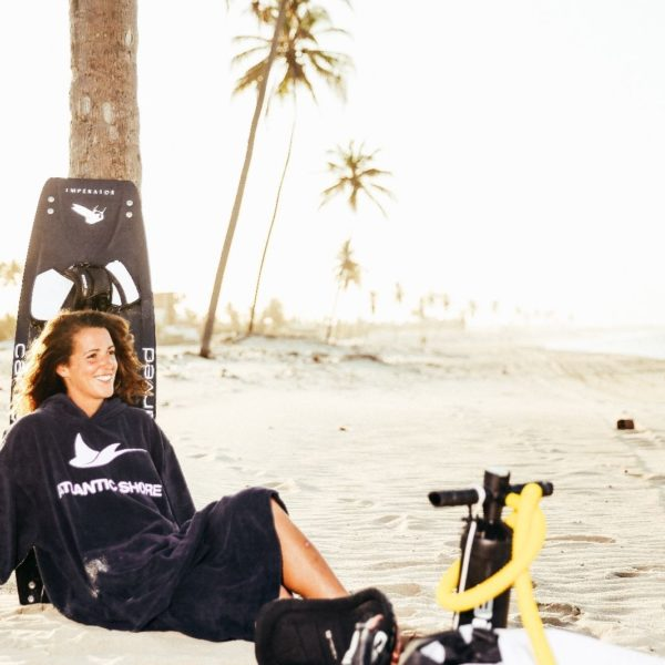 Atlantic Shore | Surf Poncho | Basic | Navy Blue 2